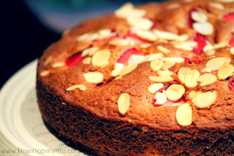 Strawberry and Almond Cake