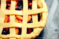 Peach and Blackberry Pie