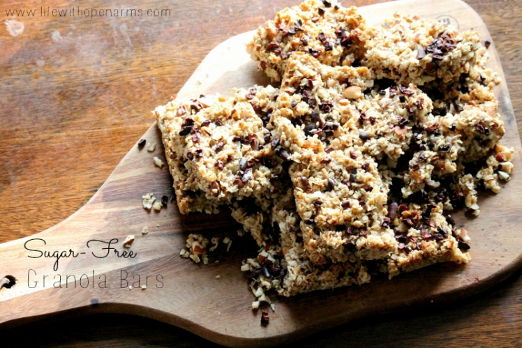 I Quit Sugar - Granola Bars with Almonds and Cacao Nibs
